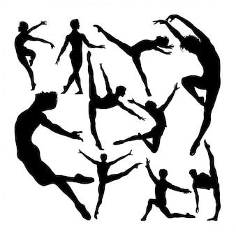 Mannelijke balletdanser vormt silhouetten