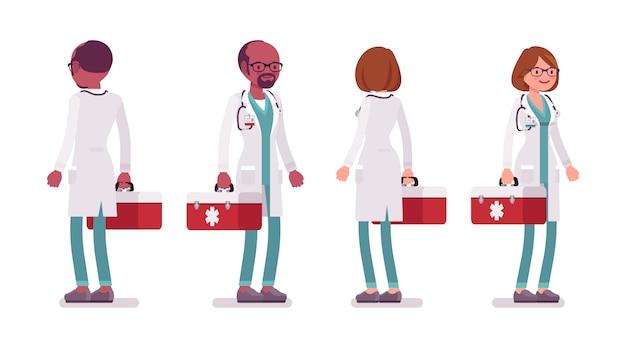 Mannelijke en vrouwelijke staande arts
