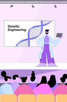 Mannelijke wetenschapper die toespraak houdt van tribune dna-testen voor genetische manipulatie medisch conferentieconcept
