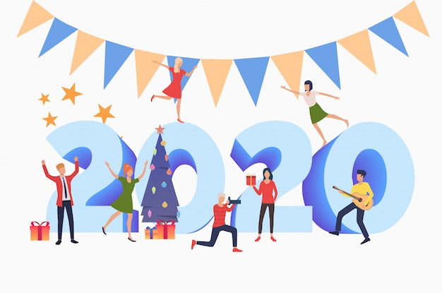 Mannen en vrouwen met nieuwjaar 2020-feest