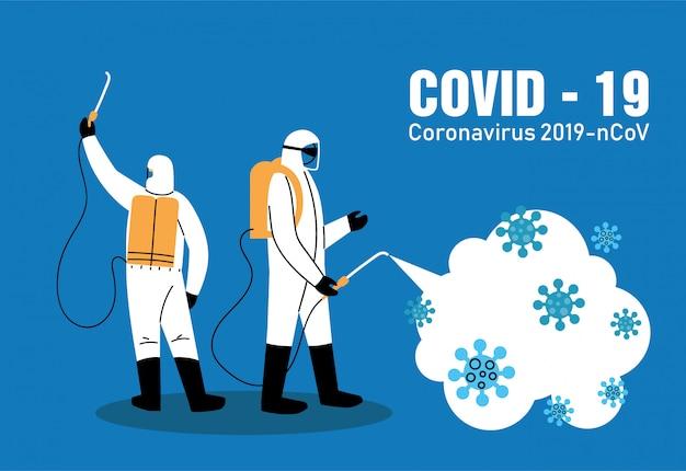 Mannen met bioveiligheidspak voor desinfectie van covid-19