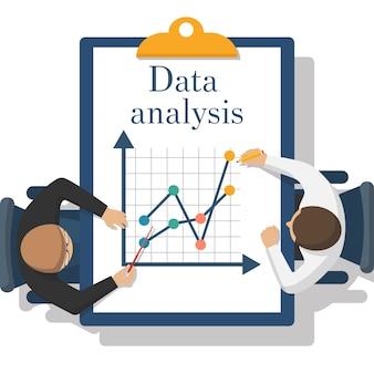 Mannen zitten met data-analyse map