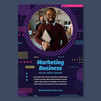 Marketing business poster sjabloon Gratis Vector