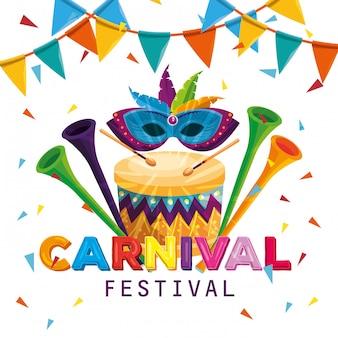 Masker met festhersdecoratie in de trommel met trompetten en feestbanner