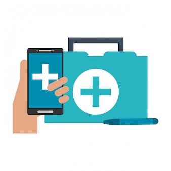 Medische eerste hulp koffer en smartphone met app
