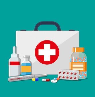 Medische ehbo-kit met pillen en thermometer