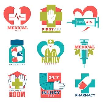 Medische kruis en hart vectorpictogrammen voor eerste hulpgeneeskunde of het centrum van het artsenziekenhuis