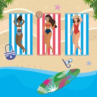 Meisjes met zwemkleding