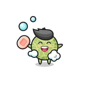 Meloenfruit is aan het baden terwijl hij zeep vasthoudt, schattig stijlontwerp voor t-shirt, sticker, logo-element