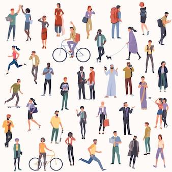 Menigte van multicultureel diverse mensen die verschillende activiteiten uitvoeren