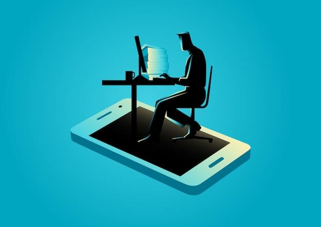 Mens die aan computer werkt die van smartphone verschijnt