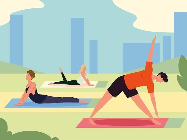 Mensen die buiten yoga doen