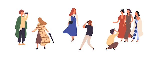 Mensen in herfst modieuze kleding platte vector illustraties set. stijlvolle modellen buiten photoset geïsoleerde ontwerpelementen op witte achtergrond. mode tijdschrift fotograaf karakters.