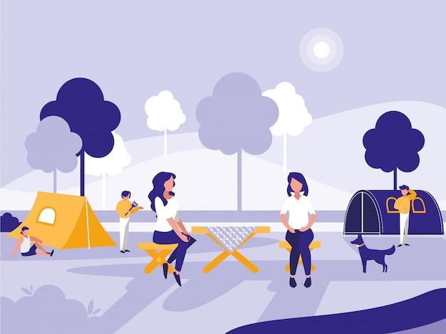 Mensen in park met tenten