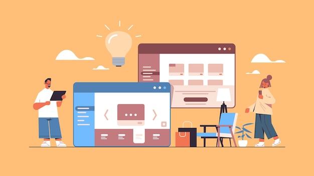 Mensen met behulp van online winkelen webapplicatie internet zakelijke e-commerce digitale marketingconcept