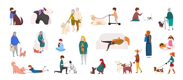 Mensen met huisdieren. diverse stripfiguren wandelen, spelen en rennen met katten en honden. vector geïsoleerde huisdieren en mensen buitenshuis set