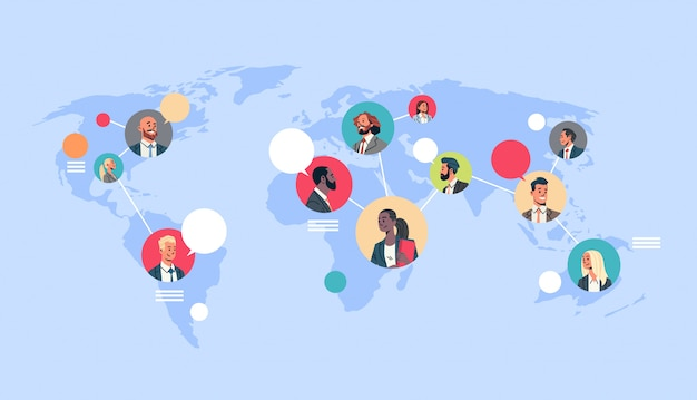 Mensen netwerk wereldkaart chat bubbels wereldwijde communicatie
