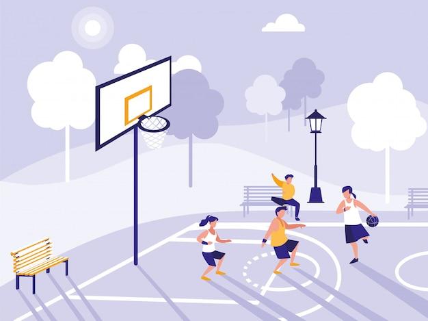 Mensen spelen op basketbalveld