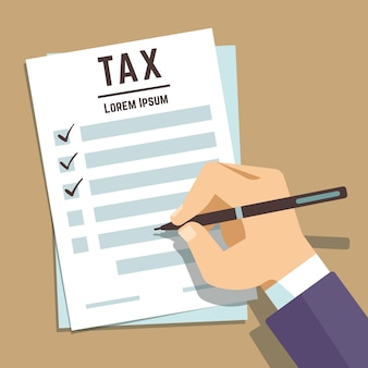 Mensenhand die op belastingsvorm schrijven