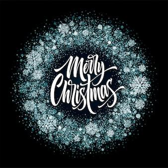 Merry christmas belettering in ijs frame. xmas confetti, ijzig stof en sneeuwvlokken rond frame. merry christmas-groet geïsoleerd op zwarte achtergrond. ansichtkaart ontwerp. vector illustratie
