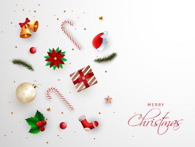 Merry christmas wenskaart met festival elementen zoals jingle bell, bauble, holly berry, kerstmuts en geschenkdoos versierd op wit.