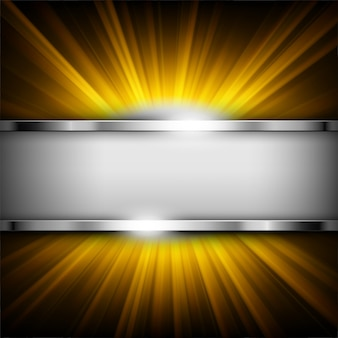 Metaalchroombanner met tekstruimte op gouden licht
