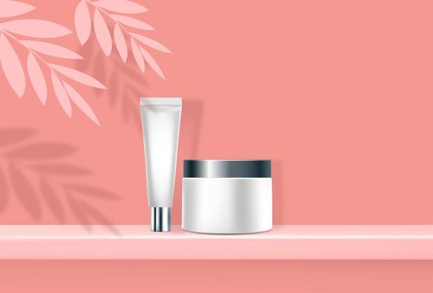 Minimale scène met geometrische vormen. cilinderpodium roze met bladeren en product costmetic