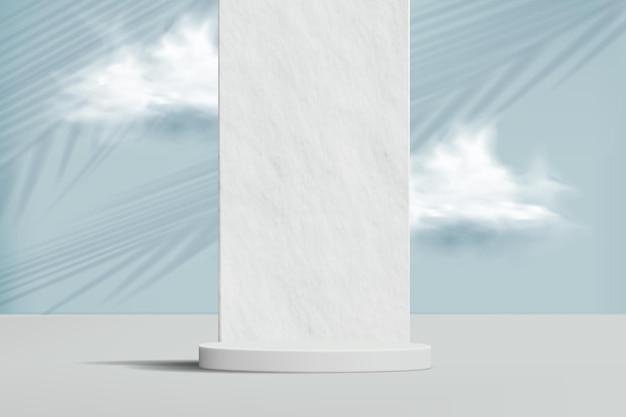 Minimalistische achtergrond met stenen muur, wolken en leeg podium voor productdemonstratie.