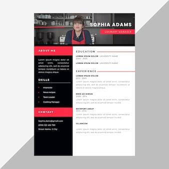Minimalistische cv-template met foto en details