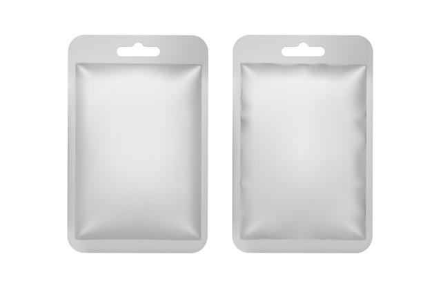 Mock-up van een verzegelde foliezak voor producten en cosmetica. realistische 3d-verpakking