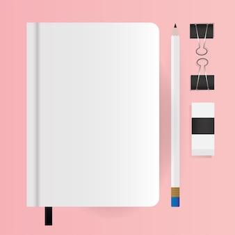 Mockup notebook potlood en clips ontwerp van huisstijl sjabloon en branding thema
