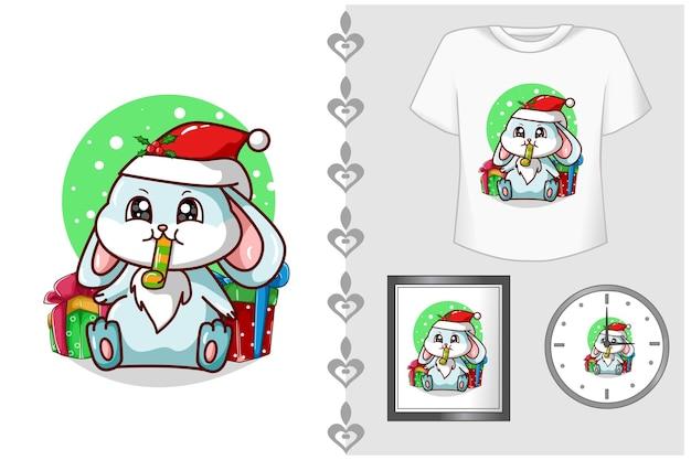 Mockup-set, een blauw konijn dat op een trompet blaast en wat kerstcadeautjes