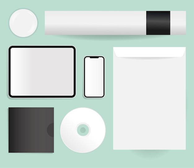 Mockup tablet smartphone cd en envelop ontwerp van huisstijl sjabloon en branding thema