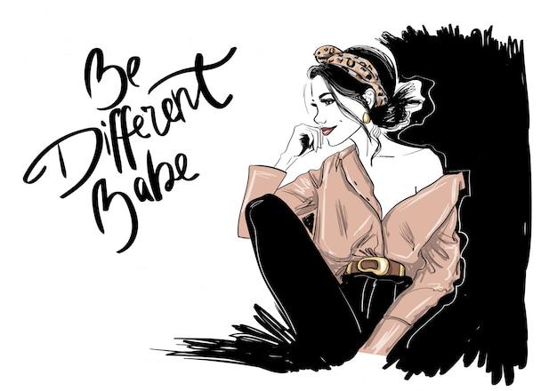 Mode vrouw in dierlijke hoofdband in shirt