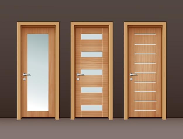 Moderne houten deuren met glas in eco-minimalistische stijl op muur van bruine kleur