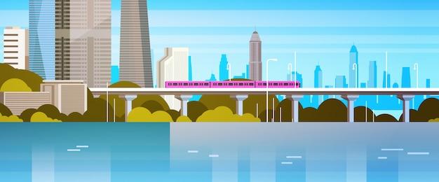 Moderne stedelijke panoramatransitietrein over rivier of meerstadswolkenkrabbersillustratie