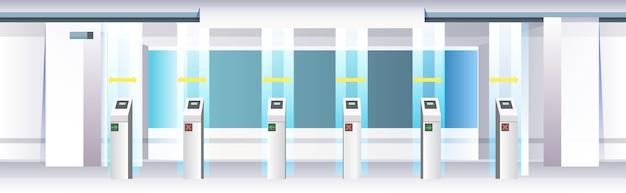 Moderne tourniquet in metro met borden voor sociaal afstandelijk coronavirus-epidemie beschermingsmaatregelen concept