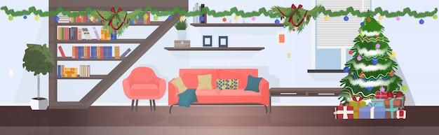 Moderne woonkamer met dennenboom