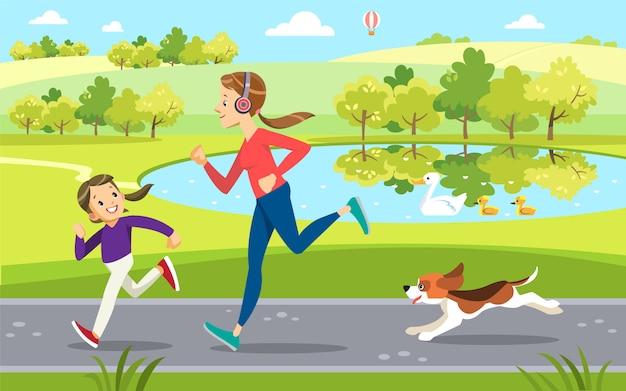 Moeder en dochter joggen met schattige hond in het park, langs het meer. moederschap opvoeding.