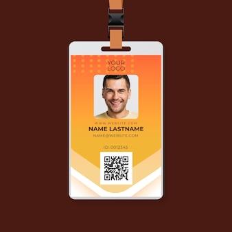 Monteur advertentie id-kaartsjabloon