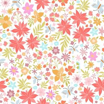 Mooi roze bloemen- en vlinderpatroon