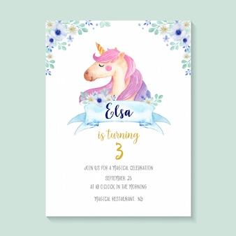 Mooie aquarel unicorn uitnodiging met bloemen, schattig en girlie unicorn verjaardagsuitnodiging ontwerp.