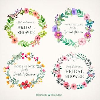 Mooie bloemen frames met vlinders