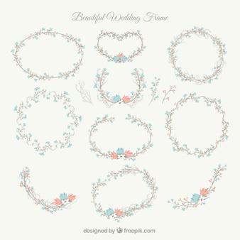 Mooie bruiloft frames met blauwe en rode bloemen