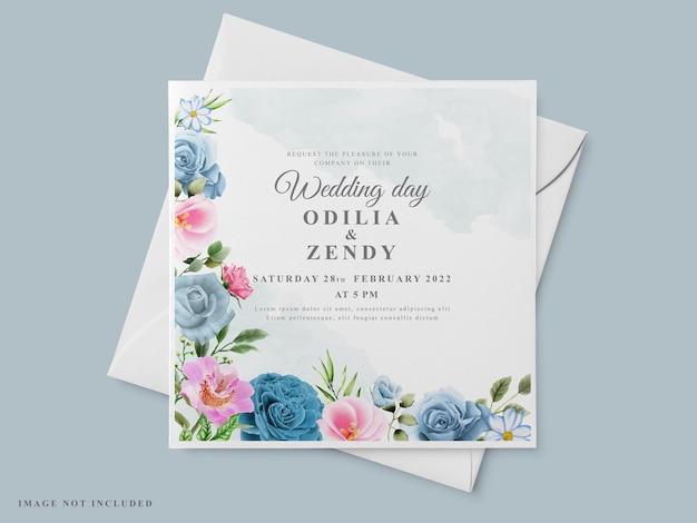Mooie bruiloft uitnodiging kaartsjabloon met bloemen hand getrokken