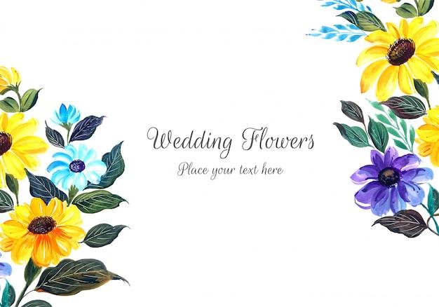 Mooie bruiloft uitnodiging met bloemen
