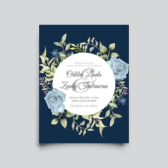 Mooie hand getrokken blauwe rozen bruiloft uitnodiging sjabloon