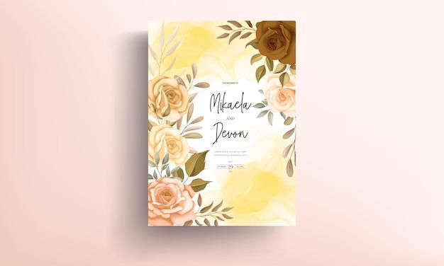 Mooie herfst bloemen bruiloft uitnodigingskaart met alcoholinkt