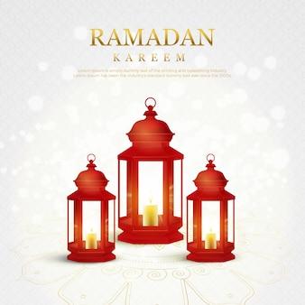 Mooie rode lantaarns witte fonkelingsachtergrond met gouden ramadan kareem-kalligrafie.
