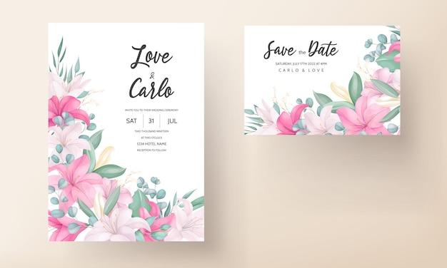 Mooie roze lelie bloem bruiloft uitnodigingskaart Gratis Vector